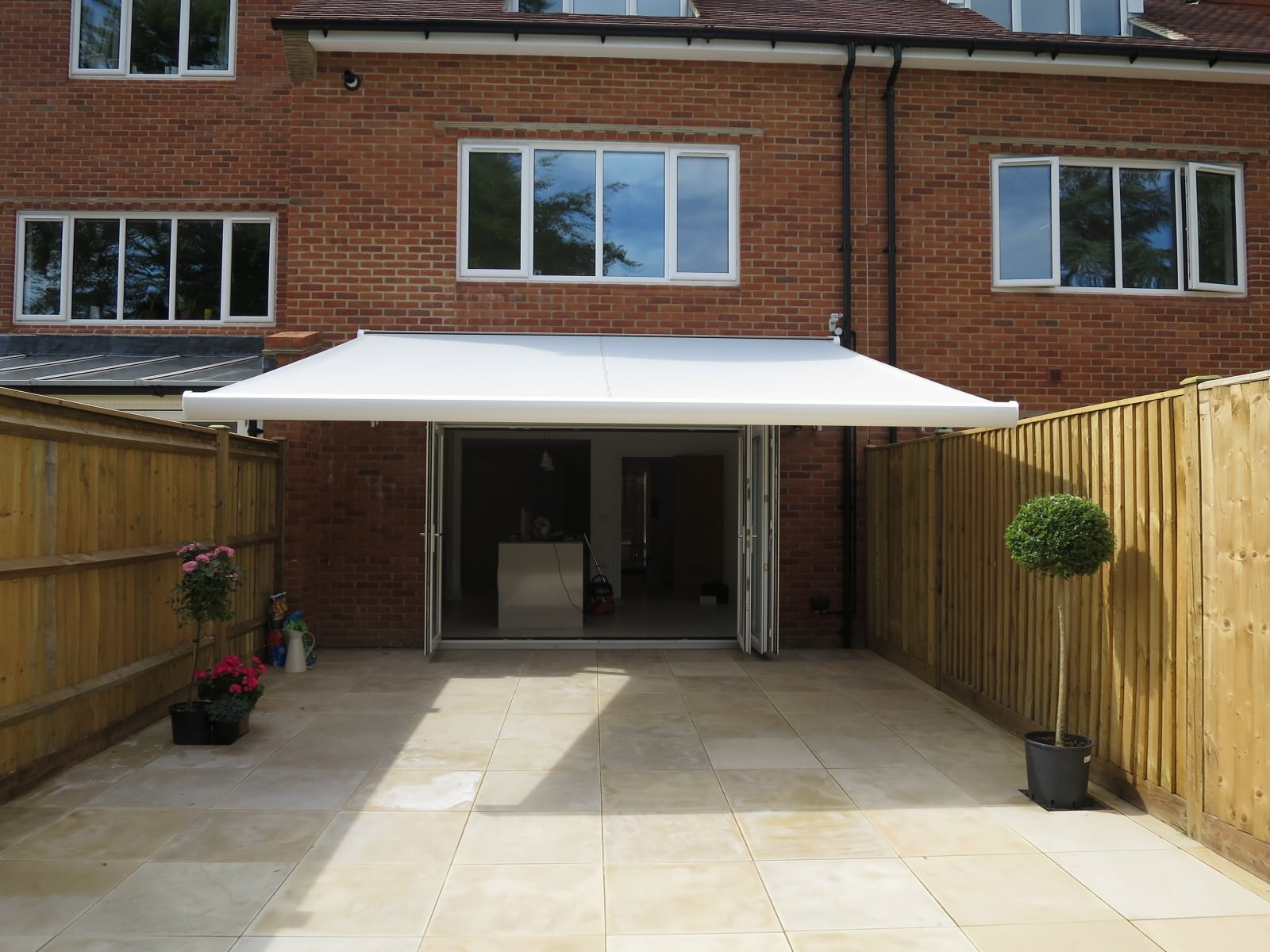 Modern Style Electric Awning Fitted in Winchester & Electric Awnings - Hampshire - Dorset - Surrey - Sussex - Awningsouth