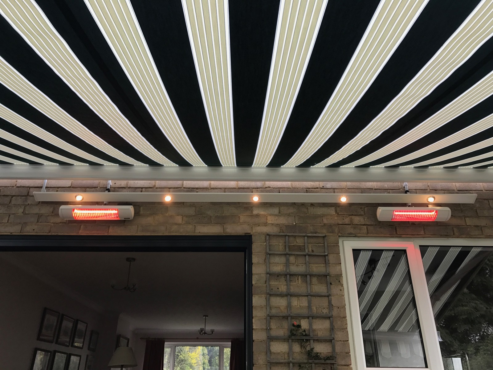 Chandlers Ford Awning With Heaters And Lights Awningsouth