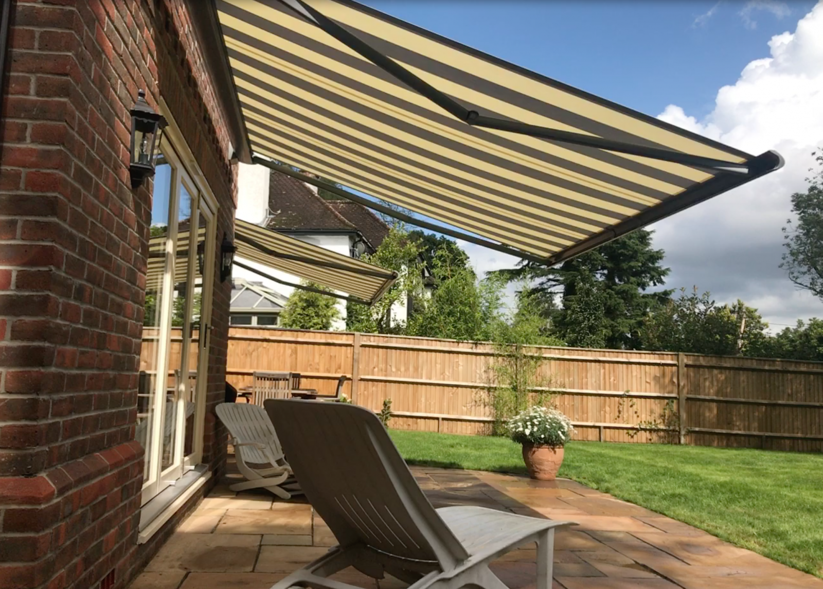Electric Awnings Installed in Ampfield, Romsey, Hampshire by Awningsouth